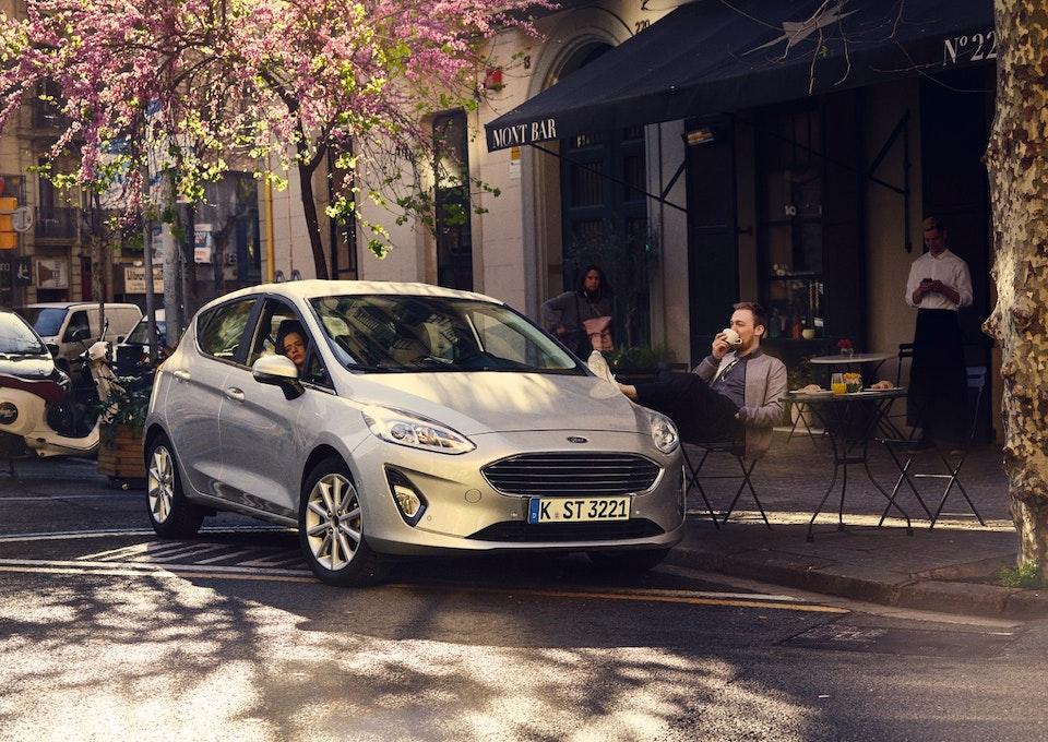 05_Ford_Fiesta_Kampagne_Mont_Bar_BCN_Layout_v04-3_Crop