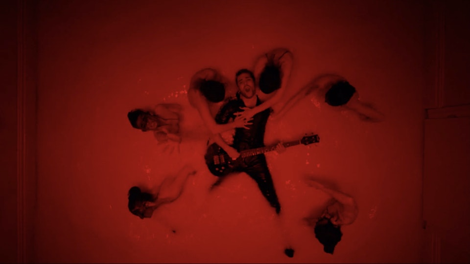 ROYAL BLOOD 'LIGHTS OUT'