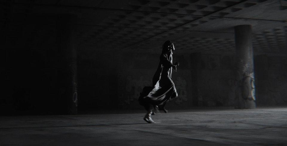 Moullinex - Running in the dark - moullinex_1.1.21