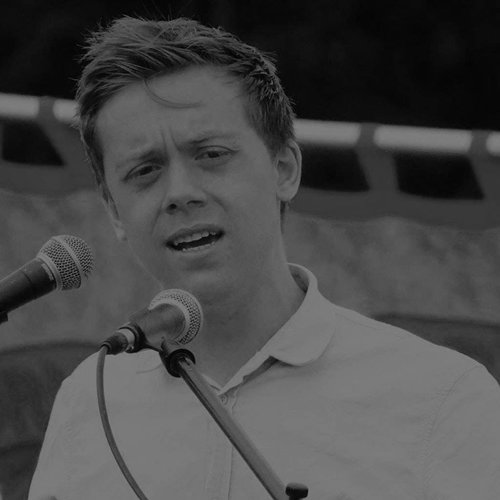 Episode 01 - Owen Jones