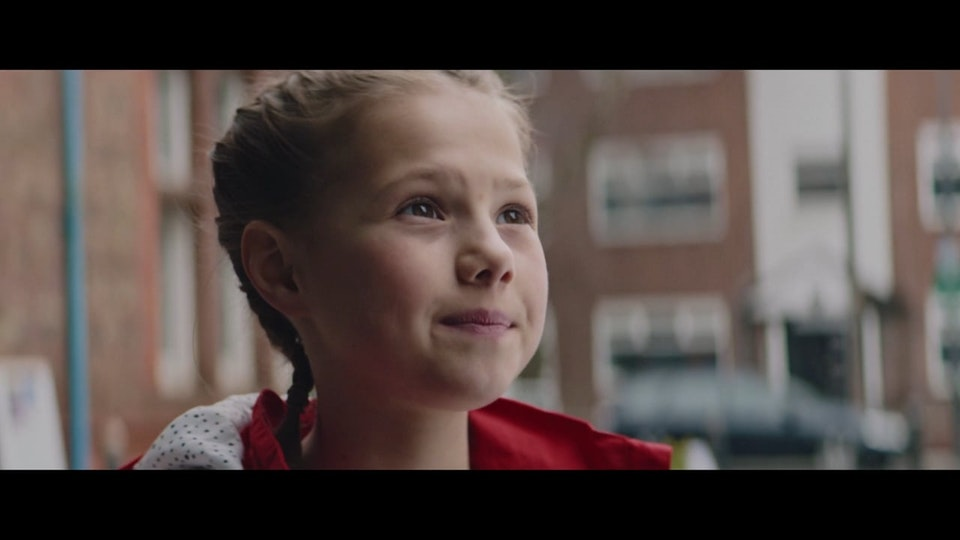 TERRENCE WILKINS DOP: TERRENCE WILKINS I STANDARD CHARTERED: 'KEEP DREAMING (LIMITLESS / LIVERPOOL FC)