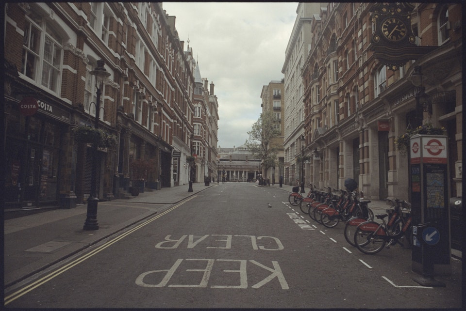 Cinematographer: Adrien Brauge: 'London W1, 4pm' - Covent Garden