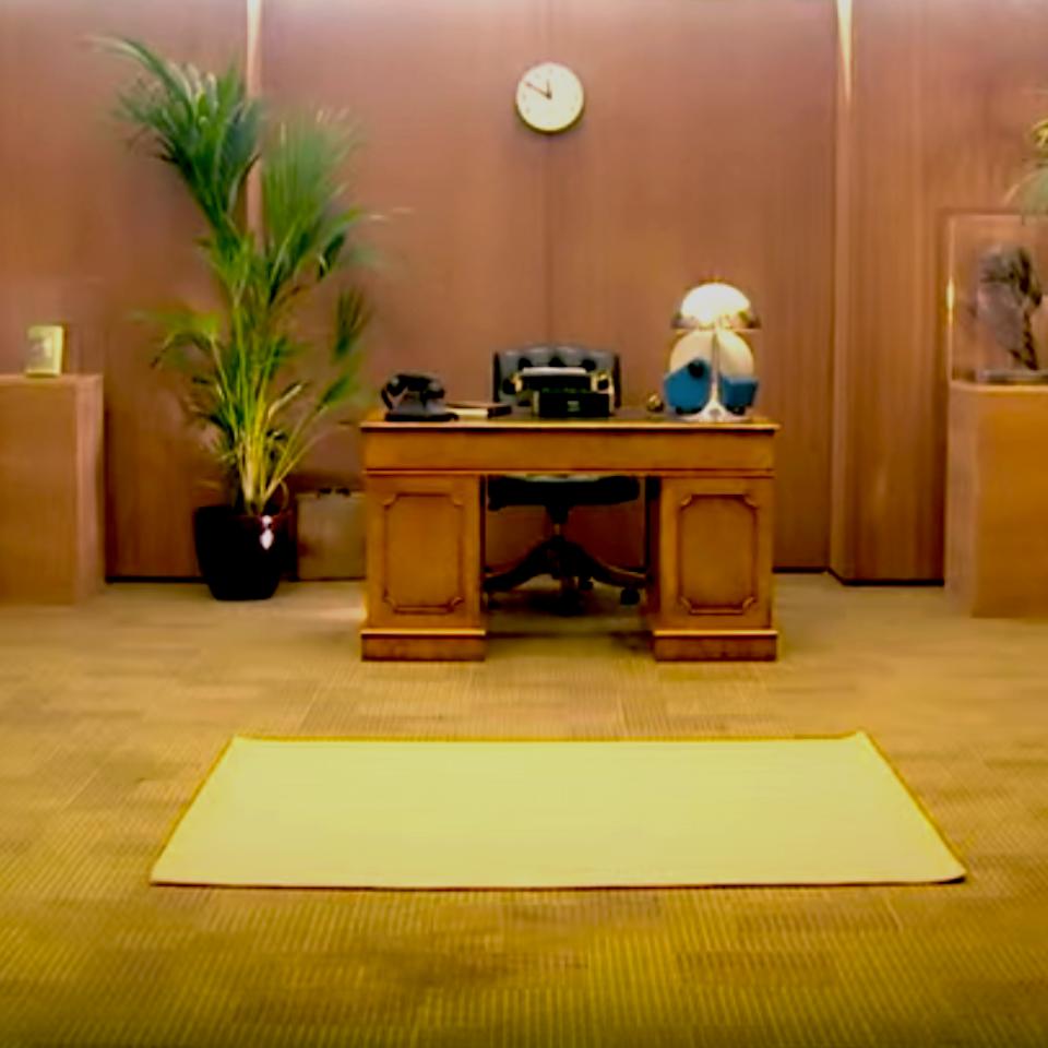 Trigger Mortis : Unlocking Bond office wide