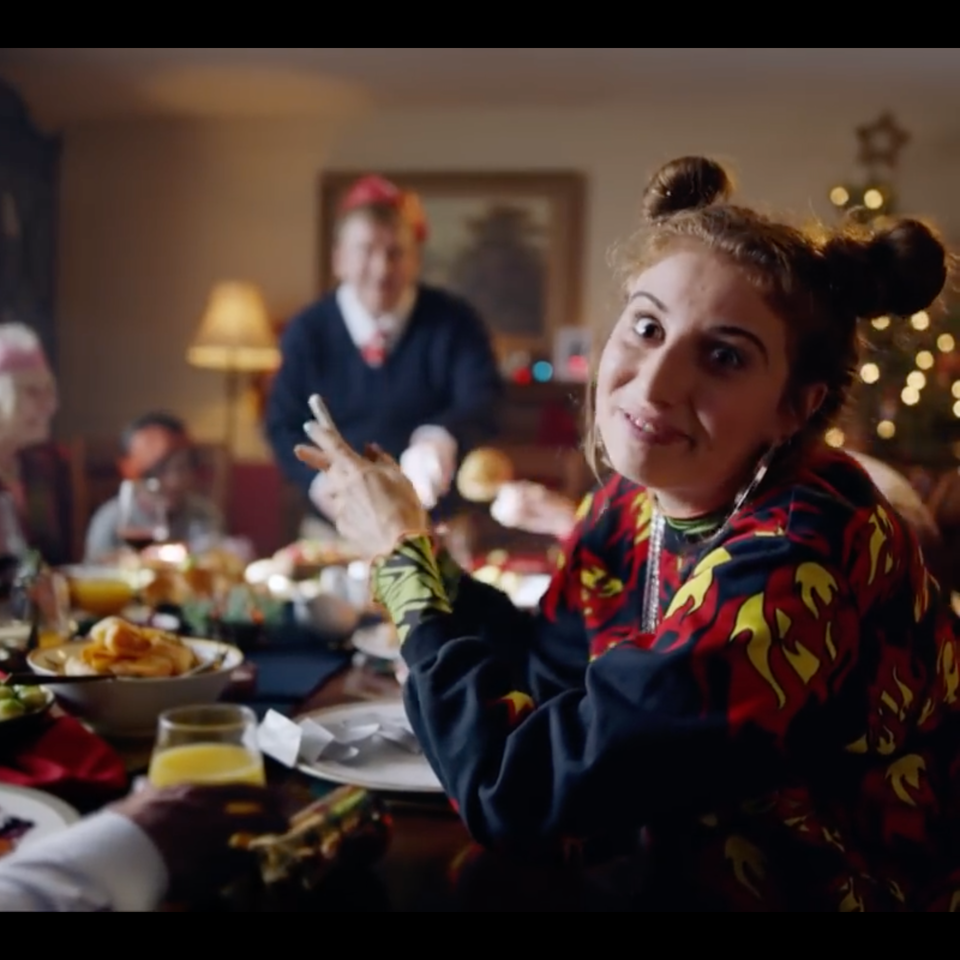 BBC One   #XmasLife - Screenshot 2019-12-01 20.45.05