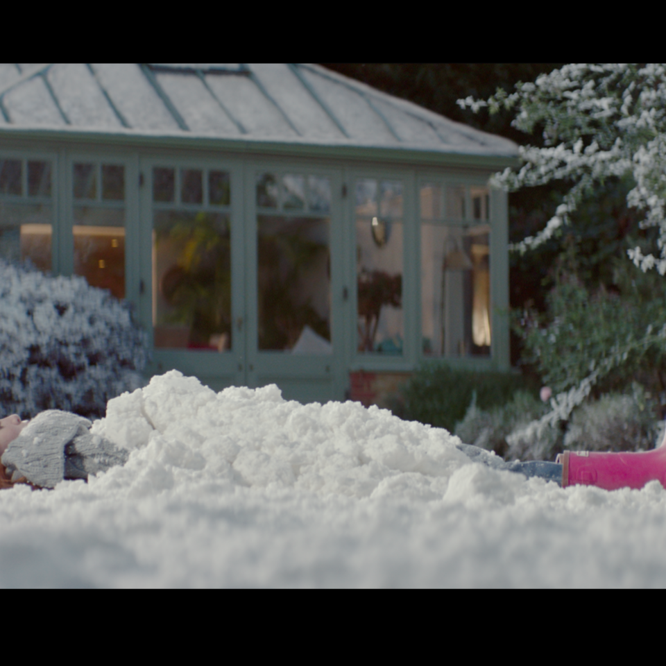 Barbour x The Snowman   Christmas ad Screen Shot 2018-11-04 at 19.22.33