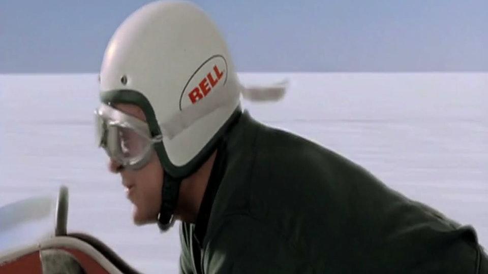 BELL / Helmets