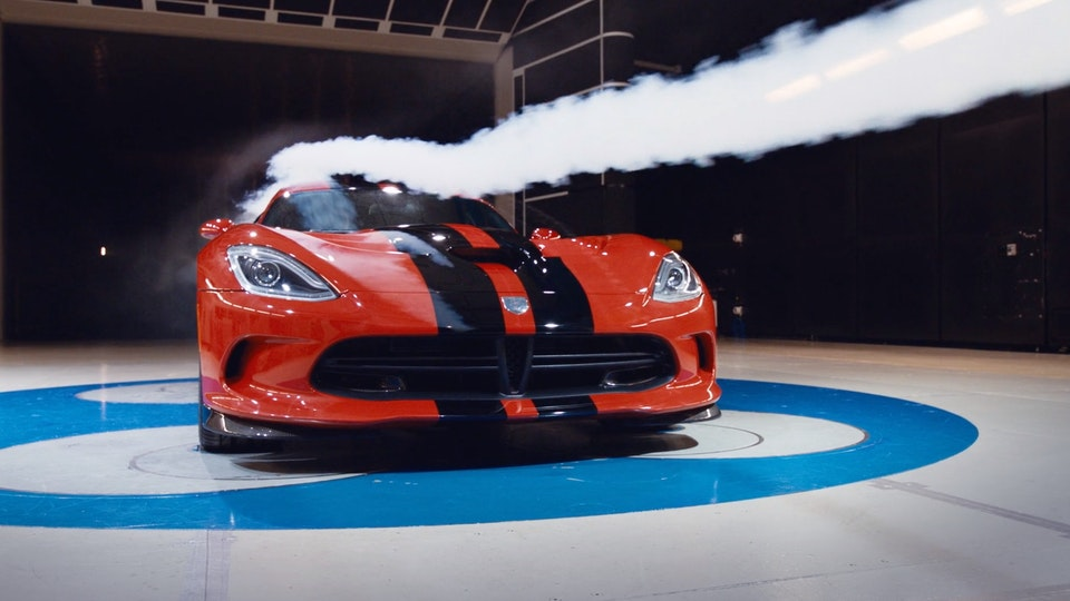 Dodge Viper | Featurette Screenshot 2019-09-06 23.45.21
