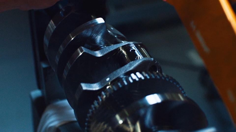 Dodge Viper | Featurette Screenshot 2019-09-06 23.47.22