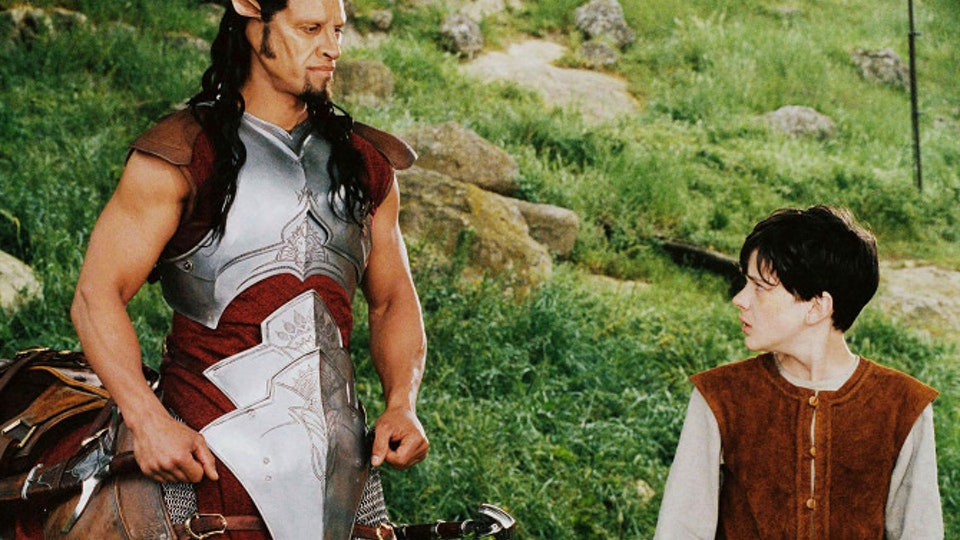 Film still-of-patrick-kake-and-skandar-keynes-in-the-chronicles-of-narnia_-the-lion--the-witch-and-the-wardrobe_670