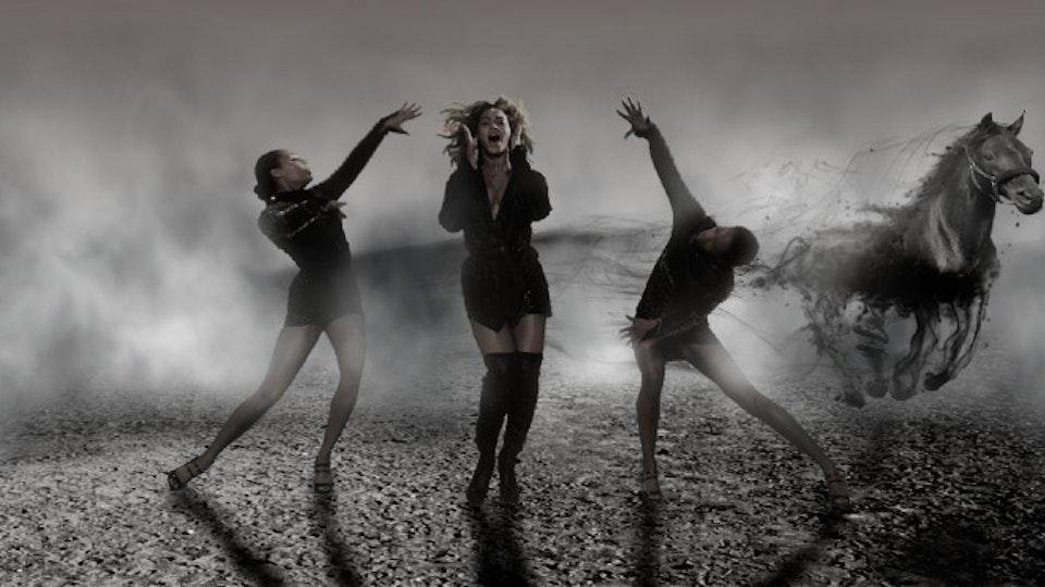 Beyonce | Sweet Dreams horse_01