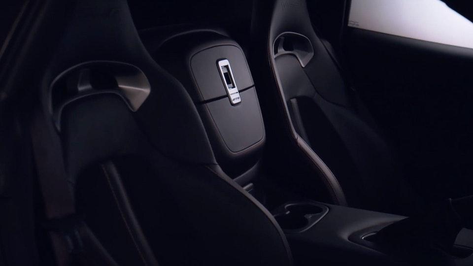 Dodge Viper | Featurette Screenshot 2019-09-06 23.54.55