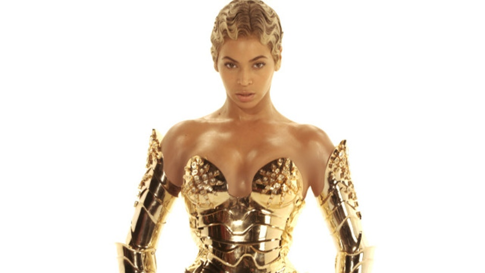 Beyonce | Sweet Dreams robo04_640