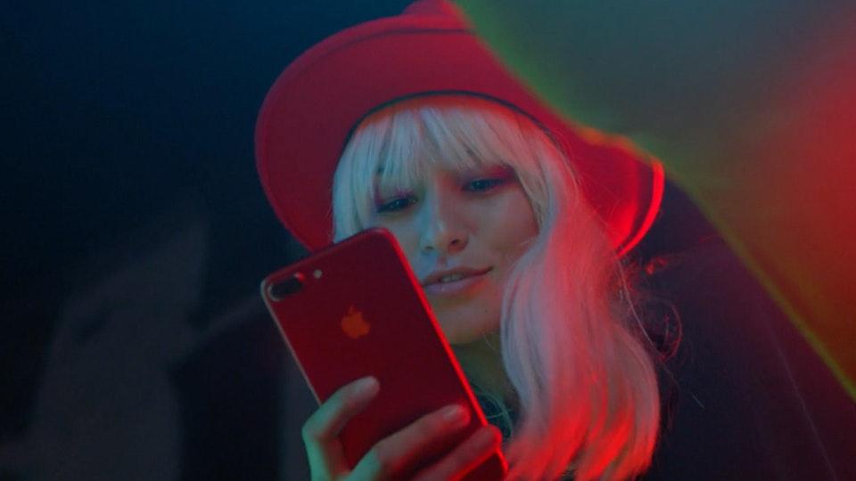 Apple | iPhone RED Screenshot 2019-09-05 17.55.35
