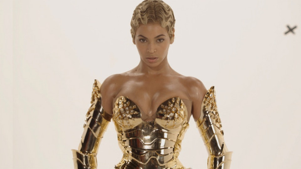 Beyonce | Sweet Dreams robo04plate_640