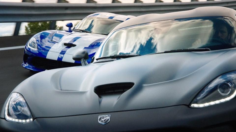 Dodge Viper | Featurette Screenshot 2019-09-06 23.52.04