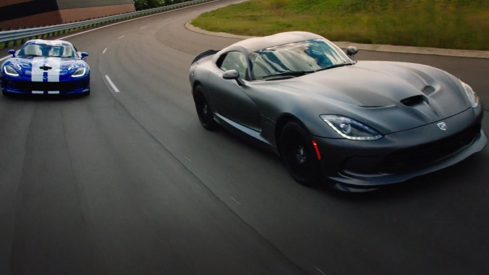 Dodge Viper | Featurette Screenshot 2019-09-06 23.52.18