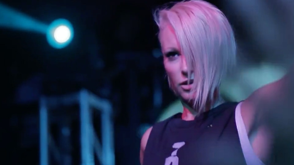 DIRTYLENSES - Emma Hewitt | In Concert