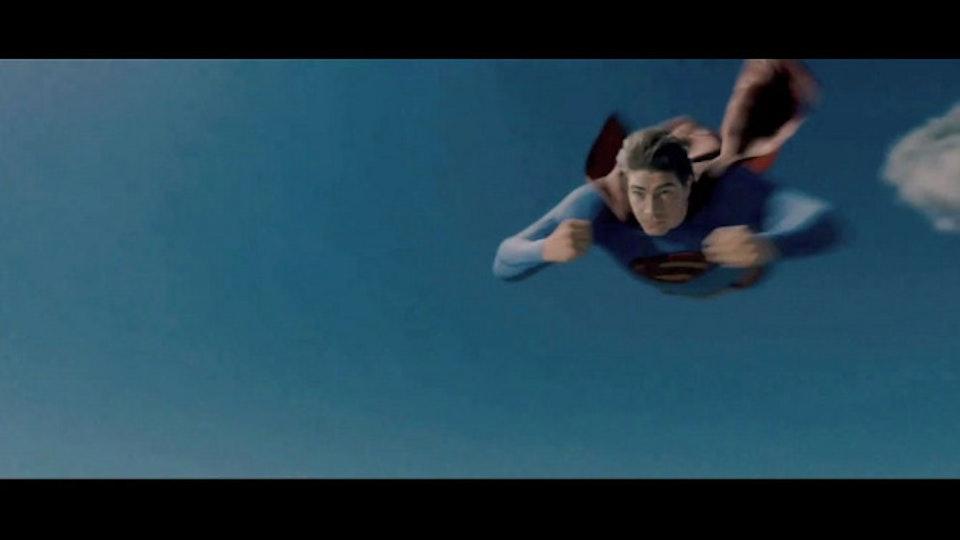 Film brandon-routh-as-clark-kent-superman-in-superman_670