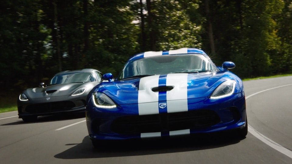 Dodge Viper | Featurette Screenshot 2019-09-06 23.53.37