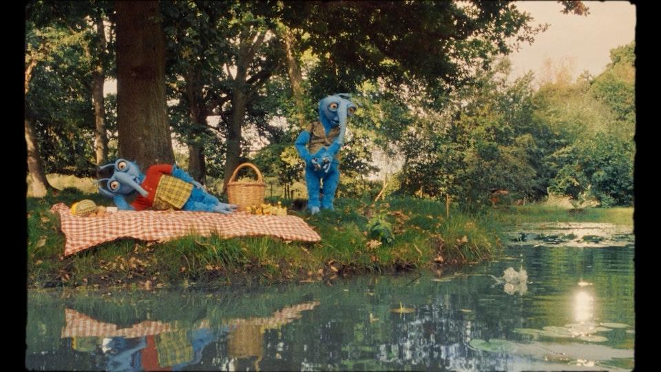 Petit Prince - Tendresse sur Canapé - TENDRESSE_H264_JULIE_méthodo_ANTOINE RAVACHE-0008