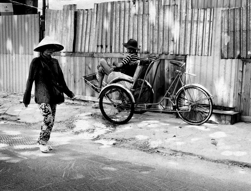 Vietnam by Dirtbike (2013) oldlady