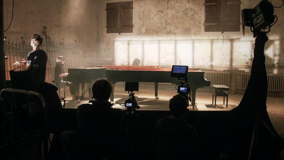 Scandale - Shooting SCANDALE with ALICE SARA OTT (Photo: Bernhard von Hülsen)