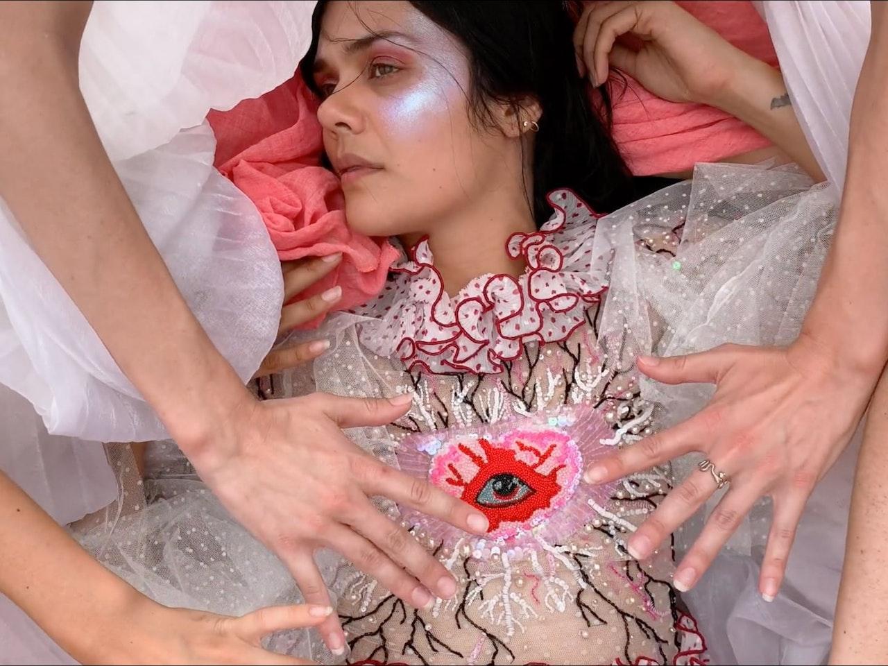 Natasha Khan - Bat For Lashes 'The Hunger'
