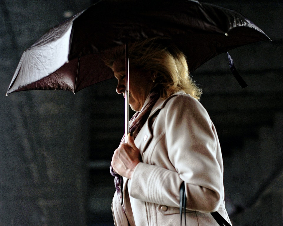 Street Portraits woman-with-brolly-web k25