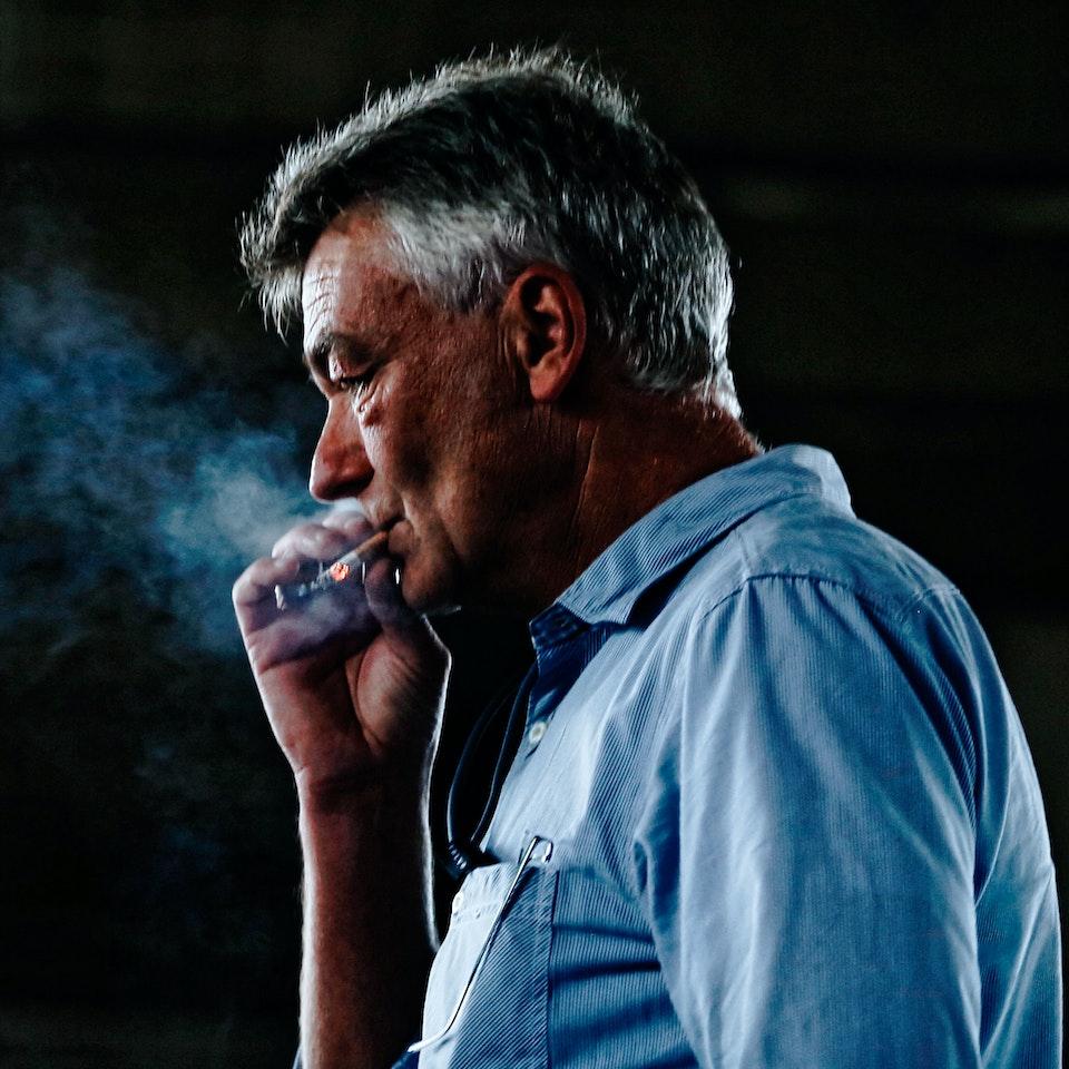 Street Portraits smoking-man-ian-crop-k25