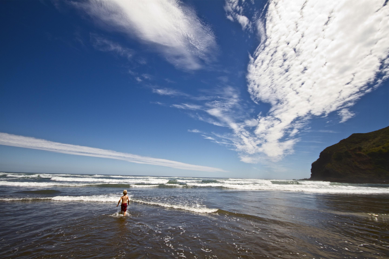 JONO SMITH - nz beach