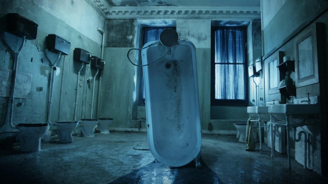 Paddington 'Evil Bath'