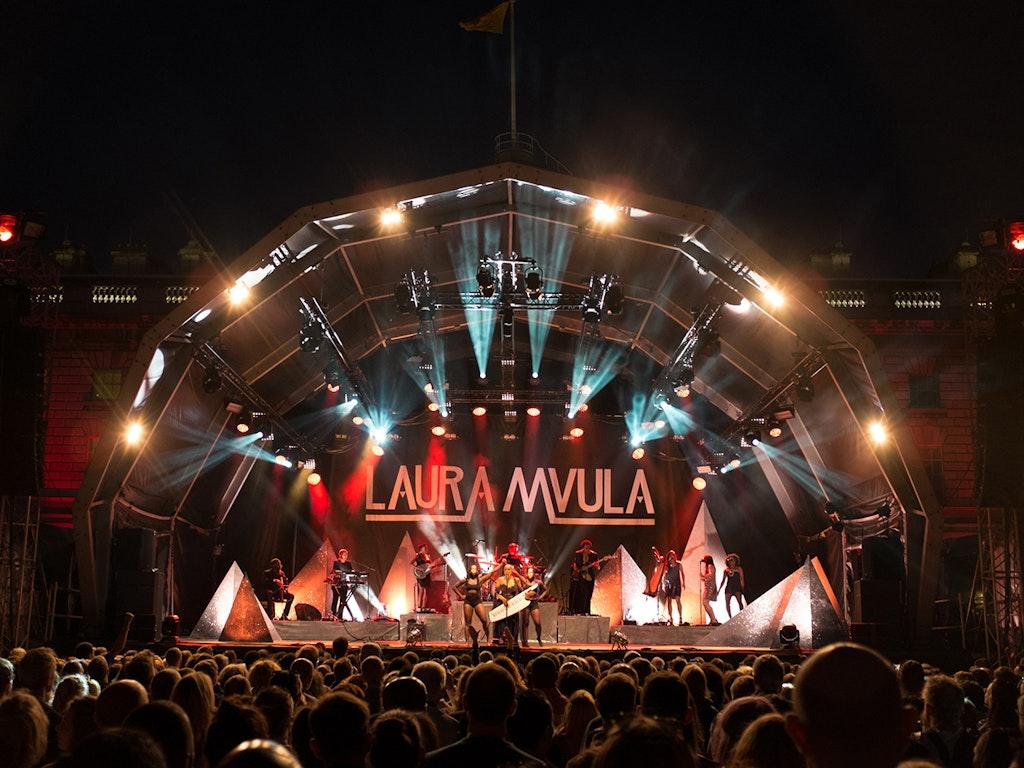 LAURA MVULA LIVE