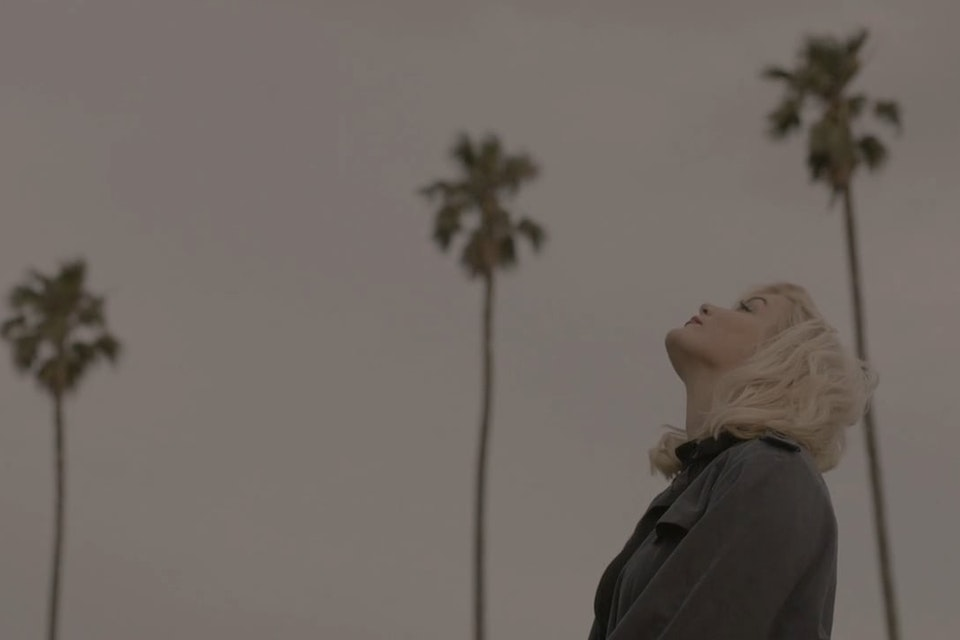Lisa Crawley 'Up in the Air' · MUSIC VIDEO