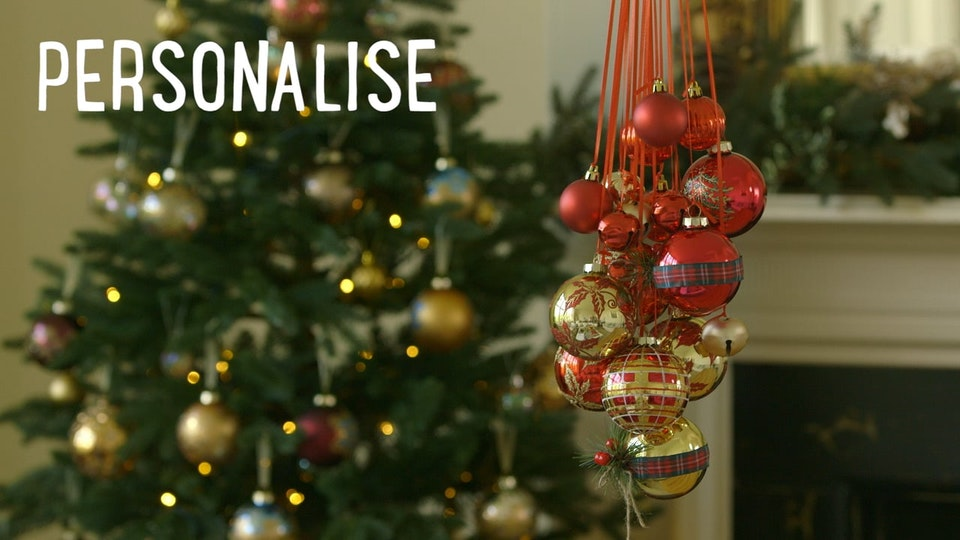 Bauble Chandelier - social cut - Dobbies