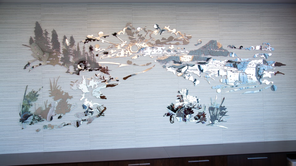 Big Sky Sunset - BIG SKY SUNSET mirror polished stainless steel, acid cut, paint | 74 x 181 x ½ inches | 2019 permanent site specific commission | Private Collection, Huston, TX © Chris Natrop