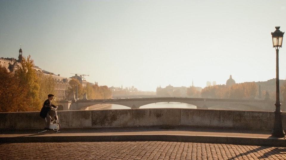 Un Petit Tour Dans Paris