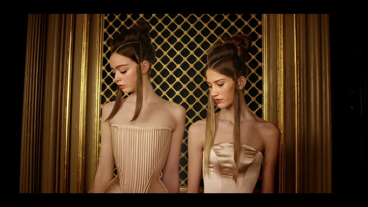 DORHOUTMEES  FASHION FILM 'STAGES'