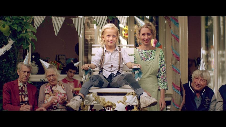 JACK BESTELT EEN BROERTJE  Trailer
