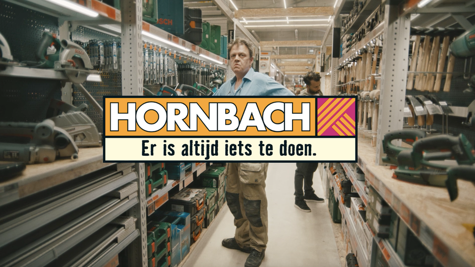 Darling - Andre Maat 'nails' his second Hornbach campaign (DIY pun intended)