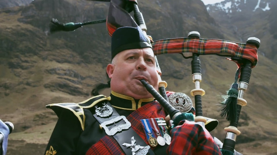 Guy Paterson - Specsavers - Bagpipes