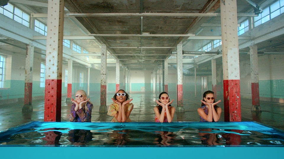 Youngster London | VFX | Colour - MULBERRY - REFLECTIONS INSTALLATION