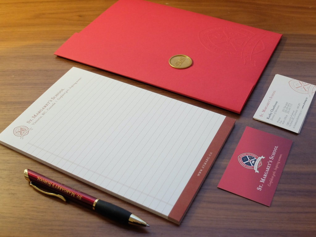 Branded Stationary Sets