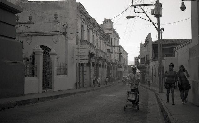 santiago b&w3