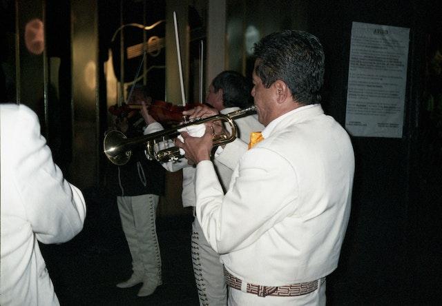 mariachi-trumpets