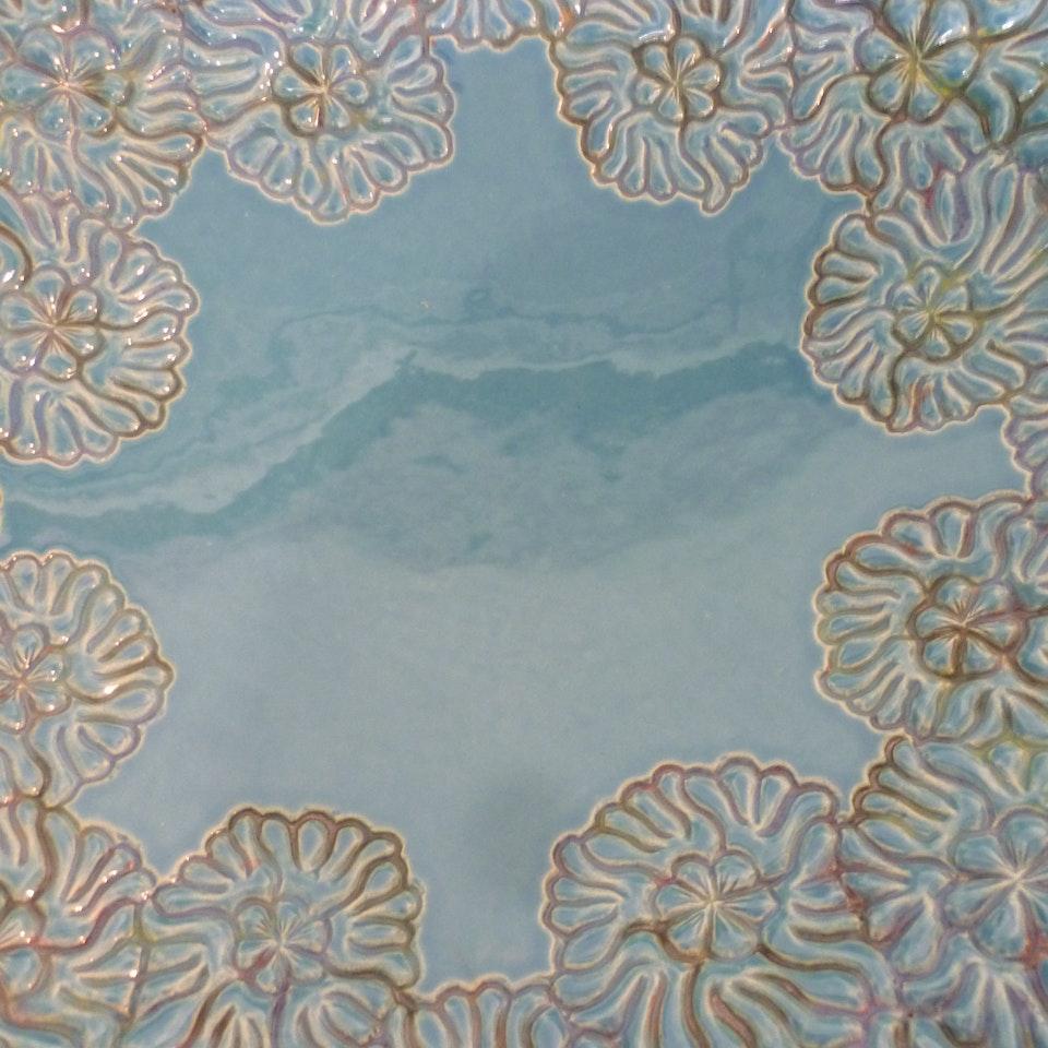 Keramiek Van Campen - Andrea Boerman- bloemen turqoise detail