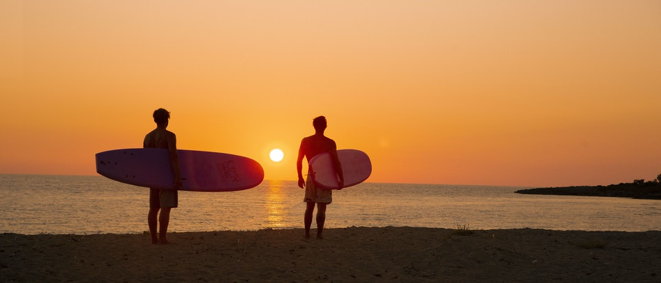 Stills - Kyma Sunset 3 surfers basic grade